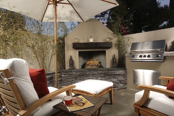 Everything you need to know about an outdoor fireplace